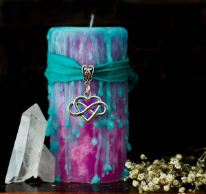 Love spell wax, spiritual candles, witchcraft candle, celtic knot, goddess candle, pink and turquoise candle,  aphrodite and venus deities