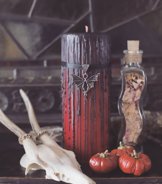 halloween decoration, Curiosity candle, vampire bat lover vampire blood candle, classic horror fan, goth decor, horror, macabre, 8x3 size