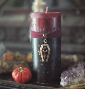 Bathory blood coffin candle, coffin casket locket, black and red pillar candle, Gothic homemaking gift, vampires home candle, horror candle
