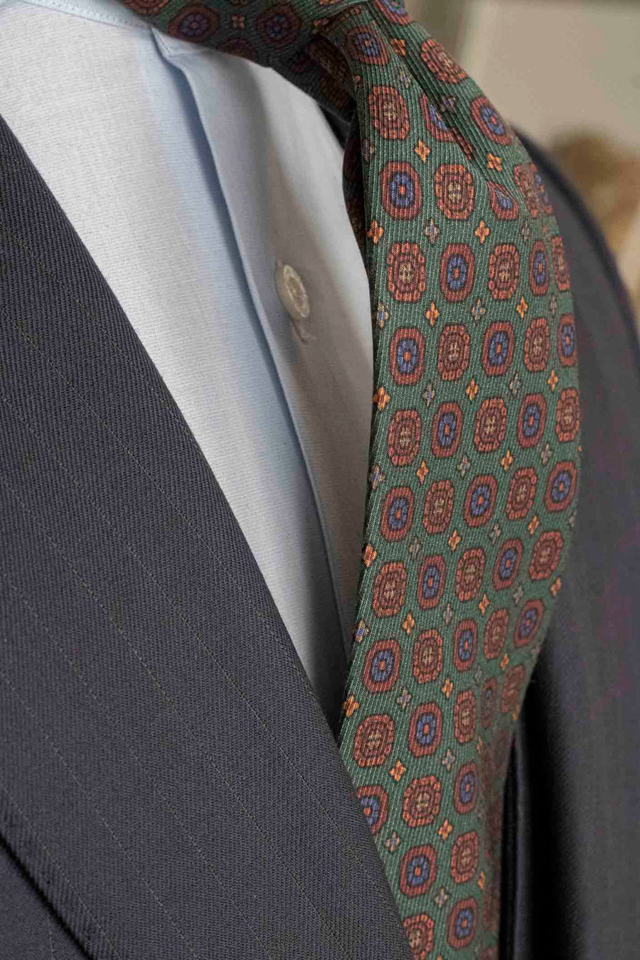 Napoli Green Silk Tie with Medallions