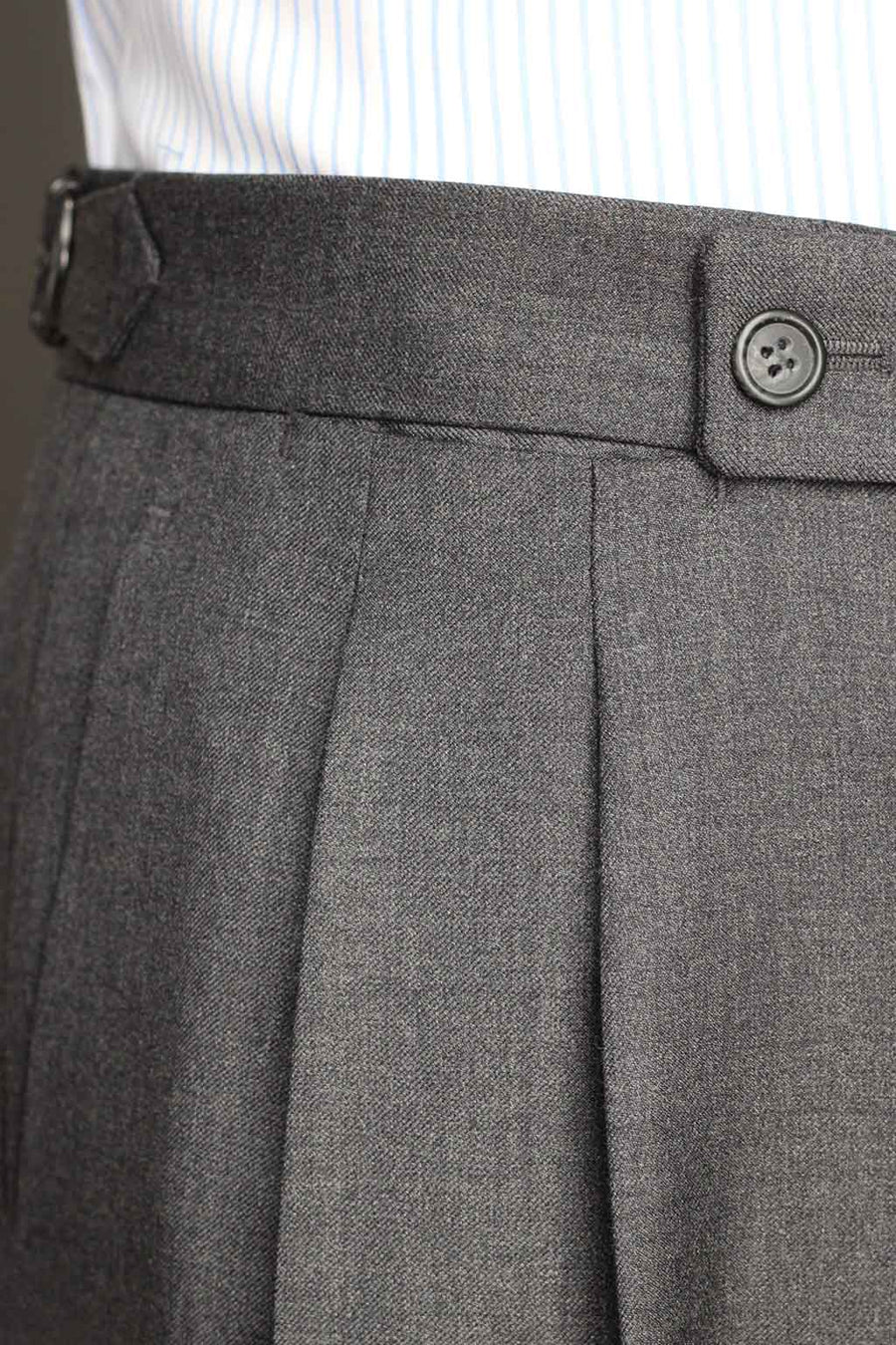 Medium gray double dart dress Trousers