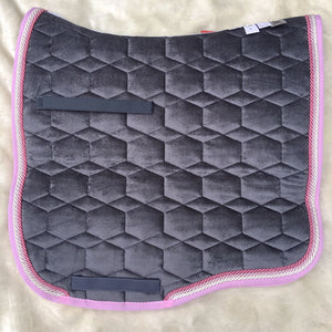 Mattes Grey Velvet Rose Pad