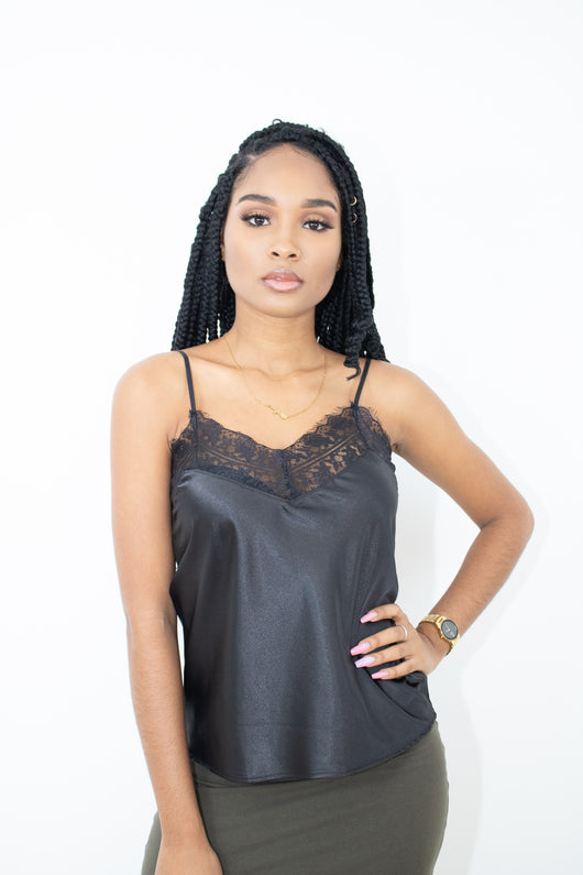 MY MOVE LACE TOP (BLACK)