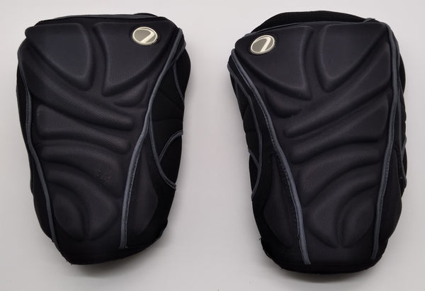Pre-Loved Dye Knee Pads