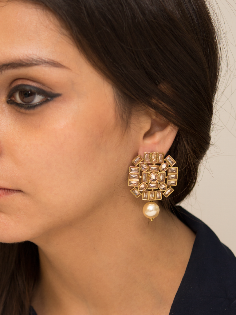 Brizo glass and gold earrings