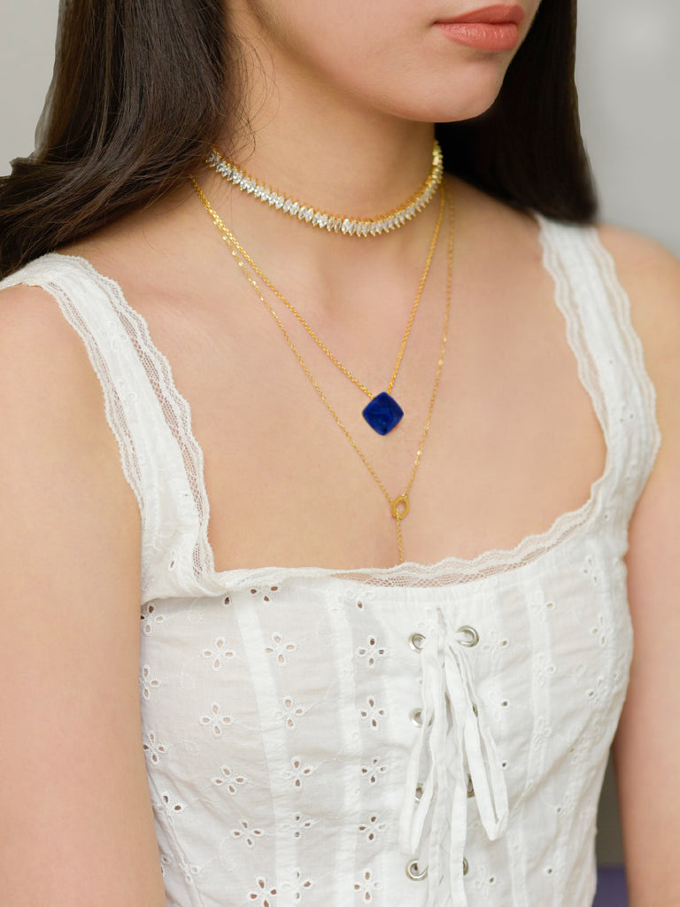 Siren mid-night blue pendant necklace in gold