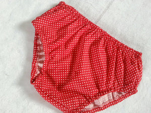 Polka dot Diaper Cover, Newborn Diaper Cover, Infant Diaper Cover, Toddler Diaper Cover, Photo Prop.