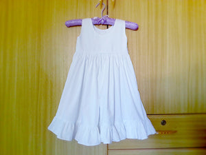Flower girl dress, White Flower girl dress, Rustic flower girl dress, christening Dress, Rustic Wedding, Baptism Dress.