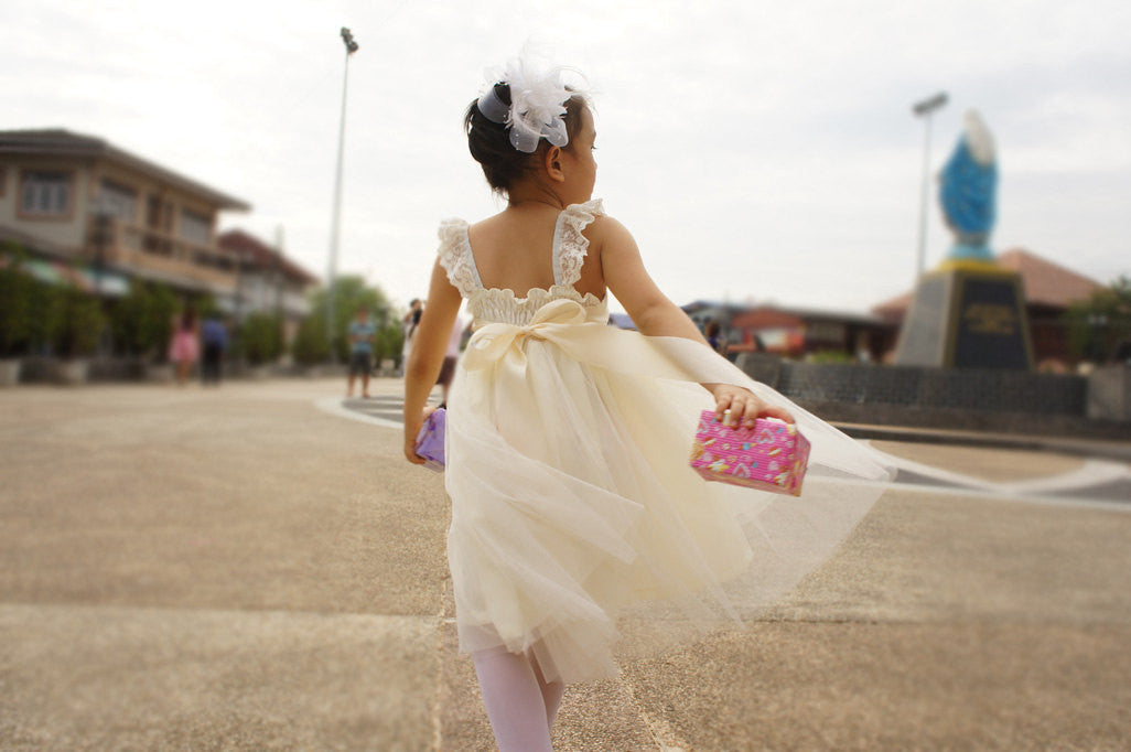 1ef3c67c9a ... Ivory flower girl dress Lace and tulle flower girl dress Rustic flower  girl dress Vintage flower ...