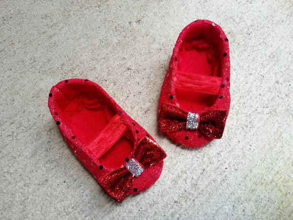 Wizard of Oz Baby Shoes, Baby Girl Shoes, Baby soft sole shoes, Newborn Shoes, Toddlers girls Shoes, Red ruby baby shoes, christmas outfit.