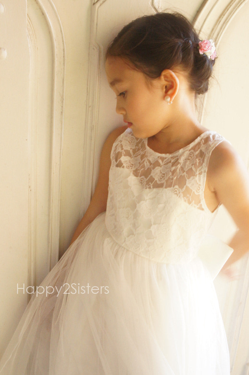 d1ec776816 ... Lace and tulle flower girl dress Ivory flower girl dress Girl gown  Toddler flower girl dress ...