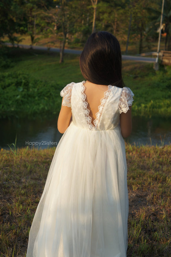 Flower girls dress lace and tulle Beach flower girl dress Rustic flower girl dress Ivory flower girl dress Junior bridesmaid dress