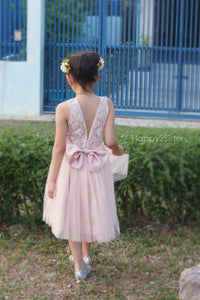 Blush lace and tulle flower girl dresses Flower girl dress tulle Rustic flower girl dress Blush flower girl dress.
