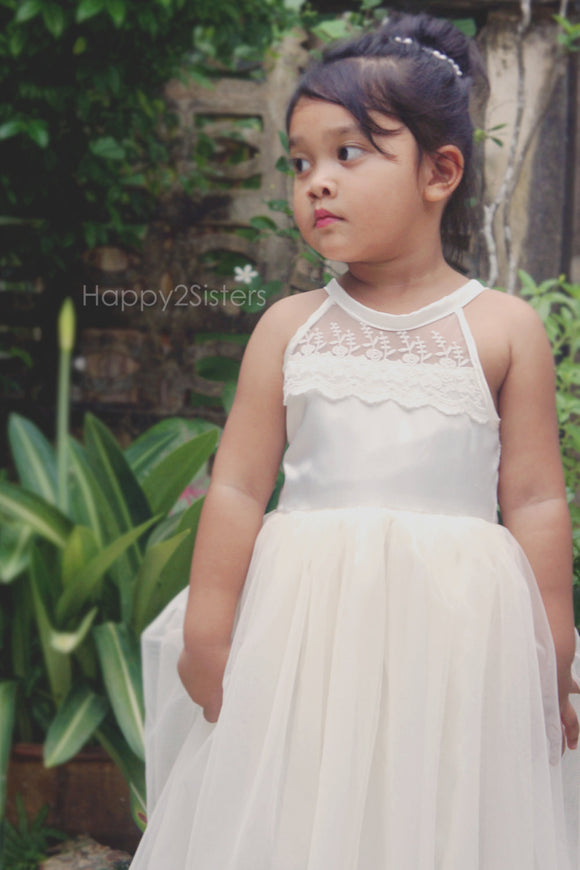 Ivory flower girls dress Lace flower girl dress Girl gown Full length flower girl dress