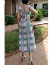 DeeVineeTi Made To Measure Indian Women's Cotton Sleeveless Summer Aline High Low Grey Checkered Printed Midi Dress 4