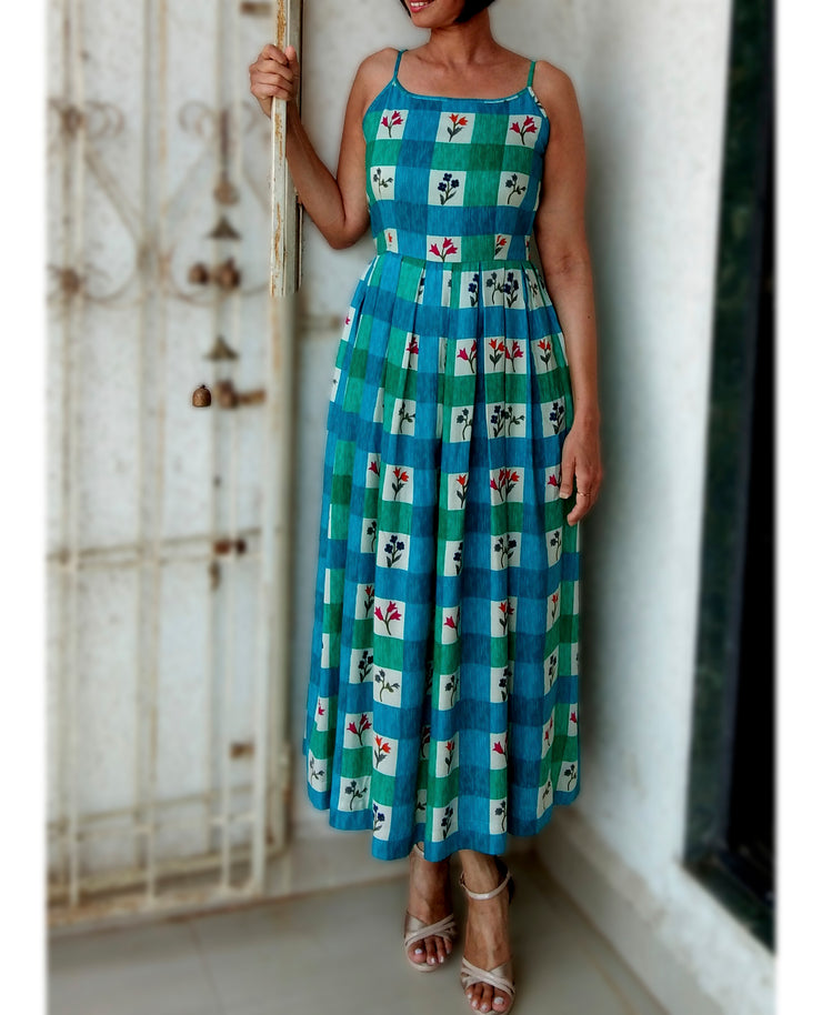 DeeVineeTi Made To Measure Indian Women's Cotton Summer Box Pleated Spaghetti Green Blue Checkered Printed Midi Dress 7