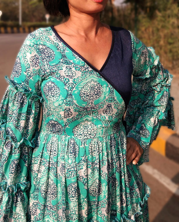 DeeVineeTi Made To Measure Indian Women Cotton Summer Tiered Gathered Green Paisley Printed Maxi Dress Gown Ruffled Sleeves 10