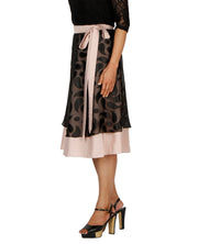 DeeVineeTi Women's Brasso Black Layered Wrap-Around Skirt WA000199 FreeSize Peach Crepe Solid Mid-Calf Left