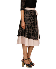 DeeVineeTi Women's Brasso Black Layered Wrap-Around Skirt WA000199 FreeSize Peach Crepe Solid Mid-Calf Right