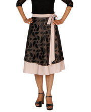 DeeVineeTi Women's Brasso Black Layered Wrap-Around Skirt WA000199 FreeSize Peach Crepe Solid Mid-Calf
