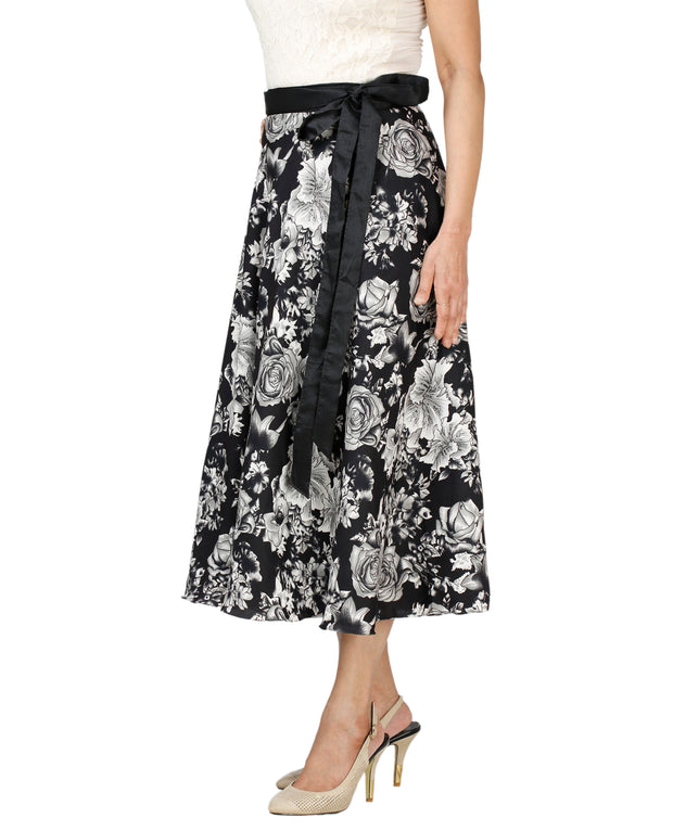 DeeVineeTi Women's Crepe Black Floral Printed Wrap-Around Skirt WA000128 Freesize Mid-Calf Left
