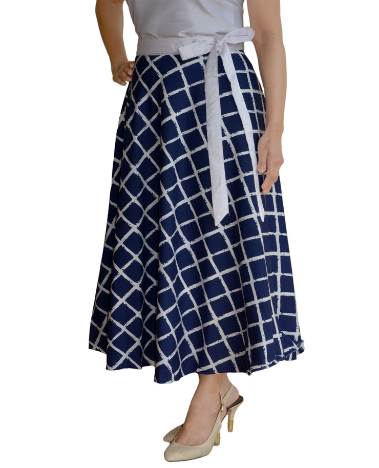 DeeVineeTi Women's Crepe Blue Checkered Printed Wrap-Around Skirt WA000125 Freesize Mid-Calf Left