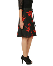 DeeVineeTi Women's Crepe Red Black Floral Printed Wrap-Around Skirt WA000153 Freesize Short Right