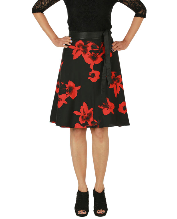 DeeVineeTi Women's Crepe Red Black Floral Printed Wrap-Around Skirt WA000153 Freesize Short