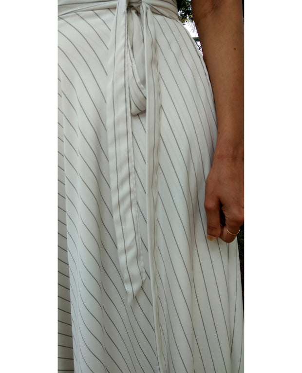 DeeVineeTi Women's Crepe White Striped Printed Wrap-Around Skirt WA000215 FreeSize Maxi Full Circle Belt