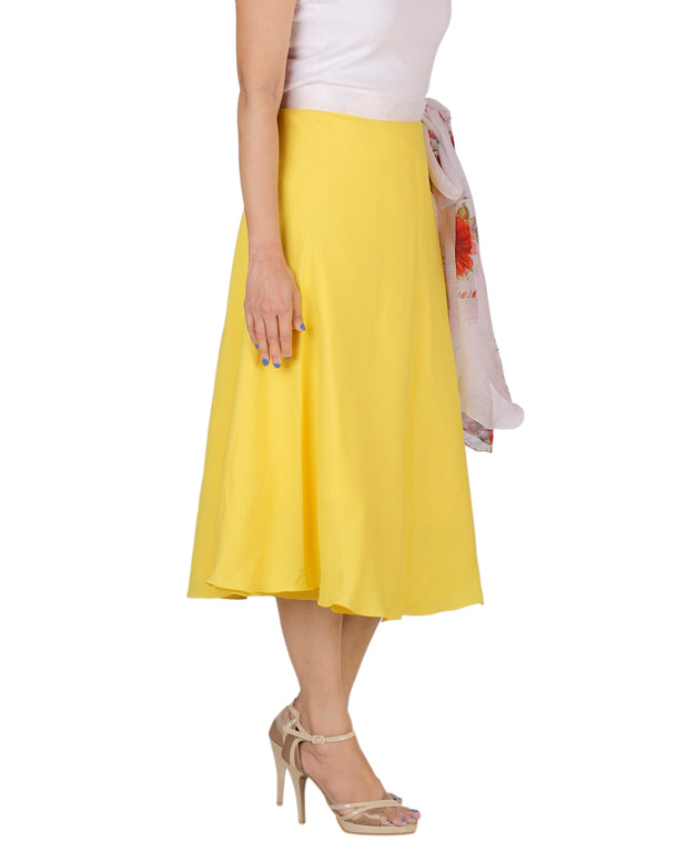 DeeVineeTi Women's Crepe Yellow Solid Beach Wrap-Around Skirt WA000168 Freesize Mid-Calf Right