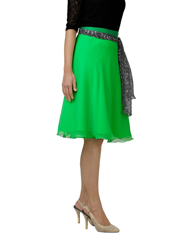 DeeVineeTi Women's Georgette Green Solid Wrap-Around Skirt WA000139 Freesize Short Right