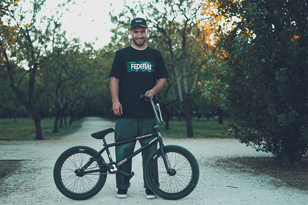 Carlos Vinuesa - Bike Check