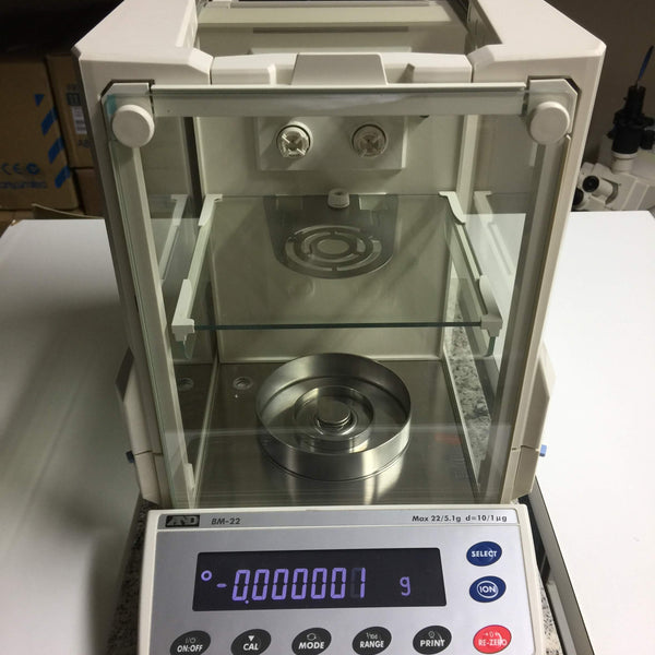 A&D BM-22 Micro-Analytical Balance + Weighing Data Logger