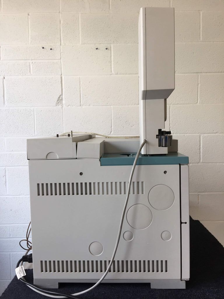 Agilent HP 6890 Series GC System G1530A + HP 7683 Series Autosampler + Chrompack GP-Gas-Clean Filters