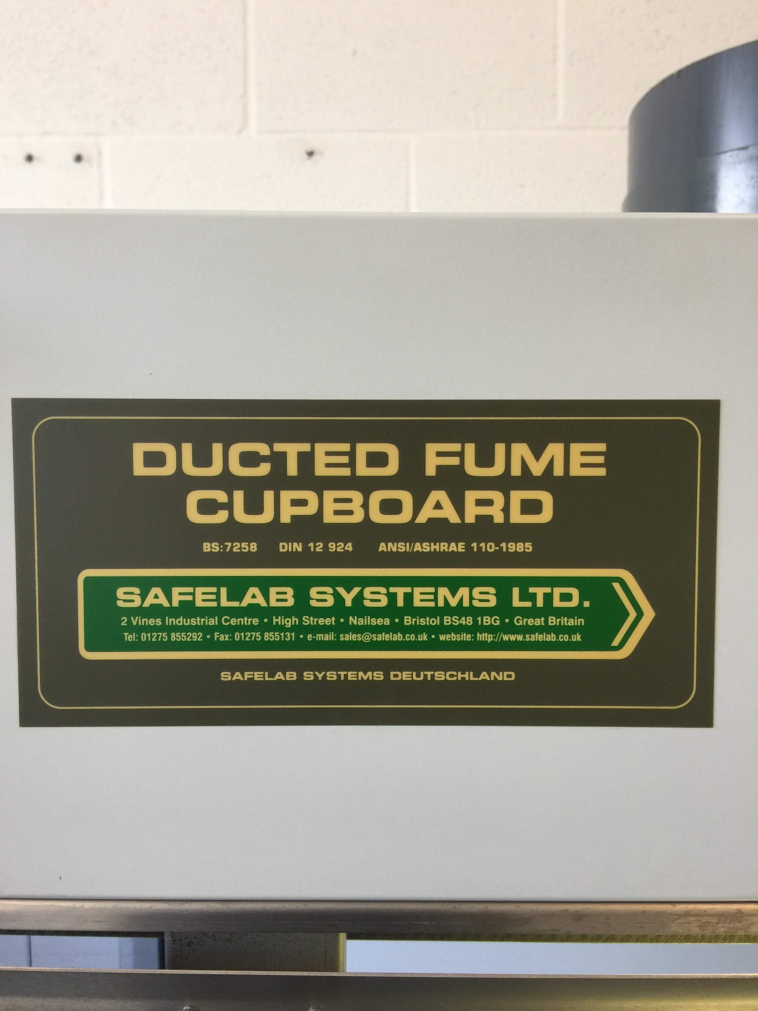 Safelab Systems Ducted Fume Cupboard