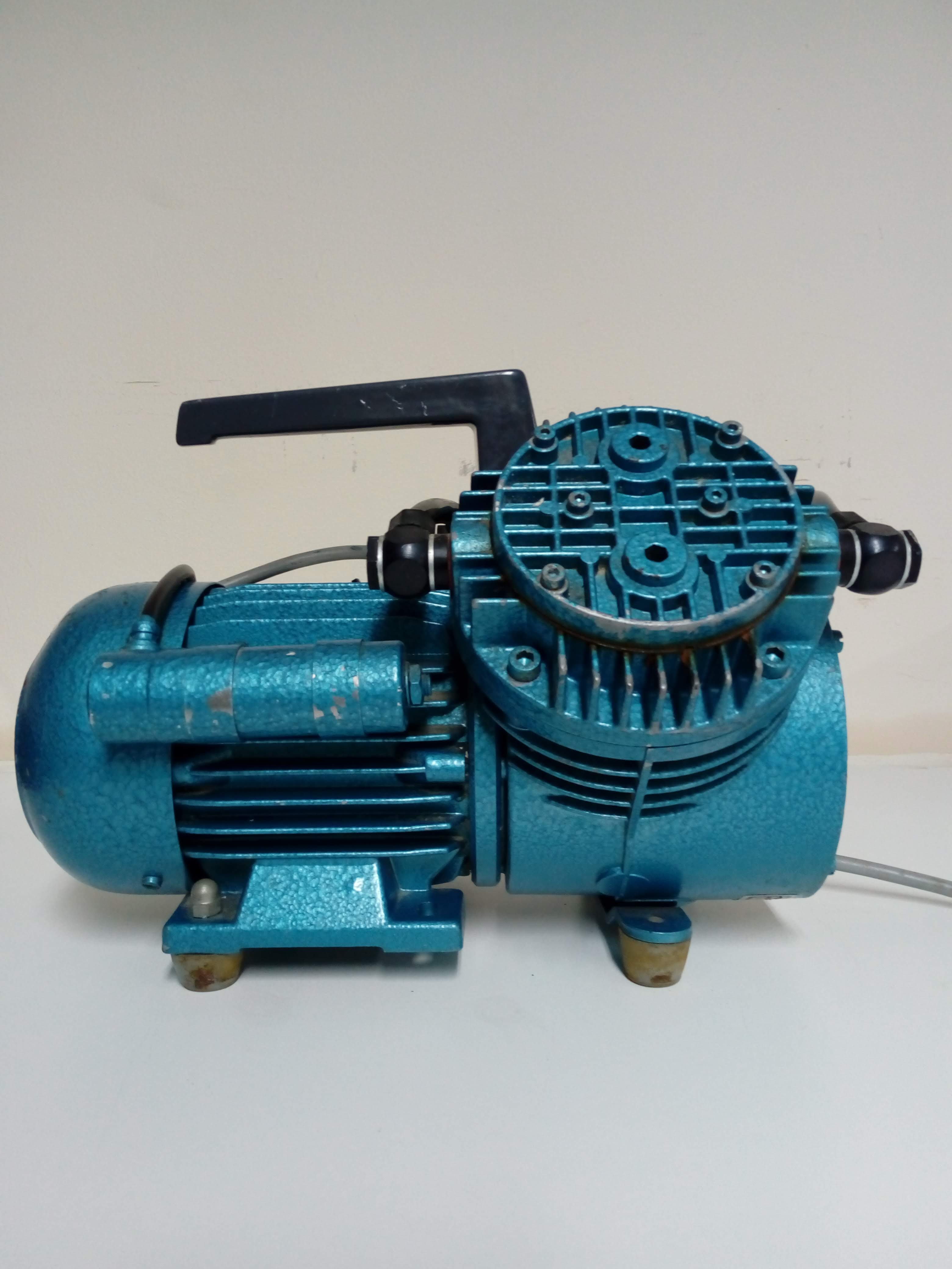 KNF Neuberger VDE 0530 Double Piston Pump