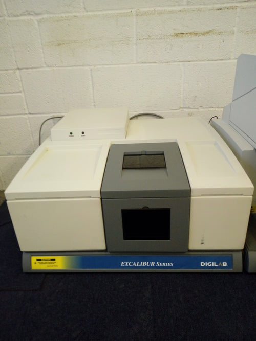 Digilab Excalibur FTS 3000 UMA 600 FTIR Microscope - Richmond Scientific