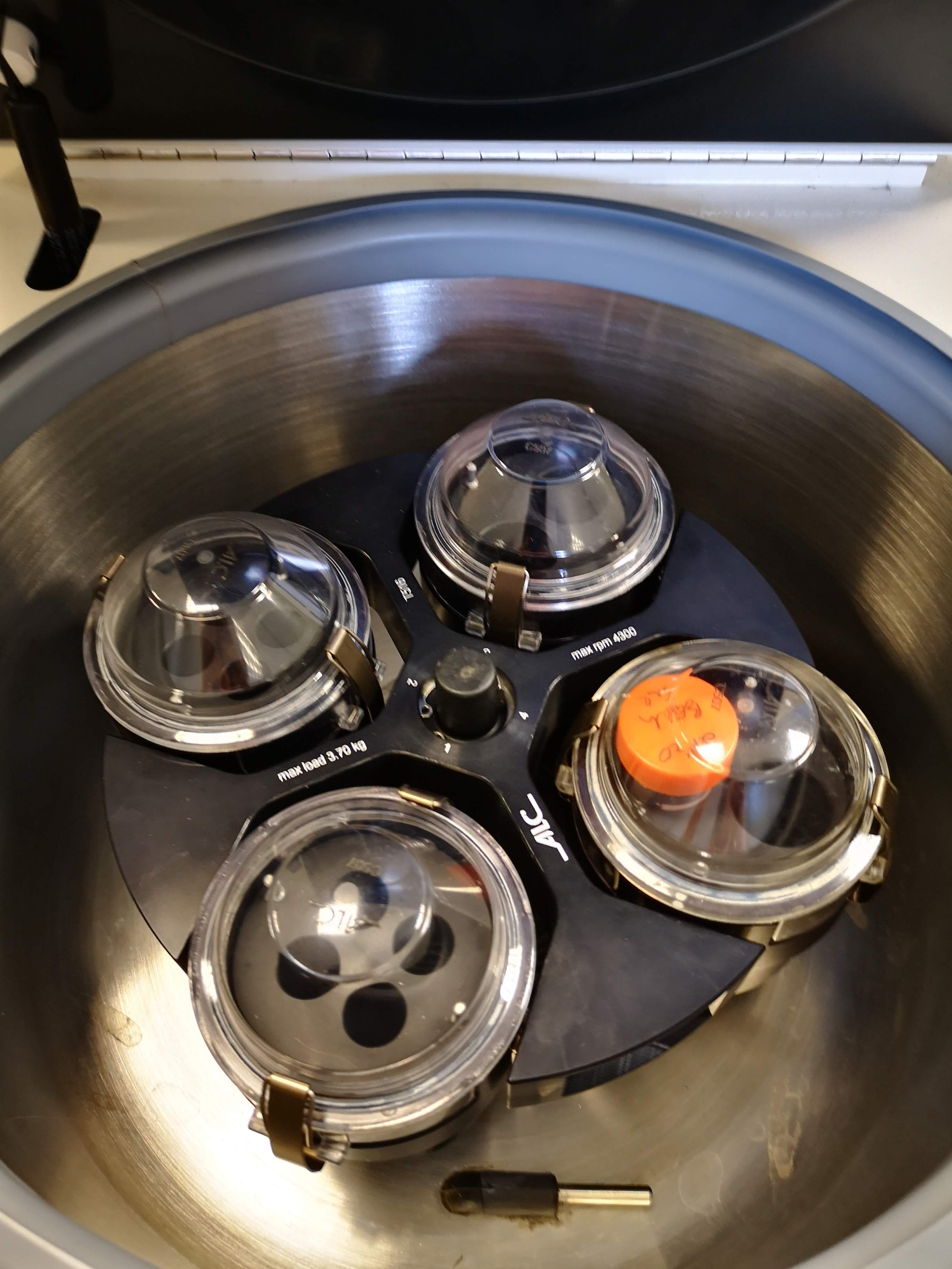ALC PK131R Multispeed Refrigerated Centrifuge
