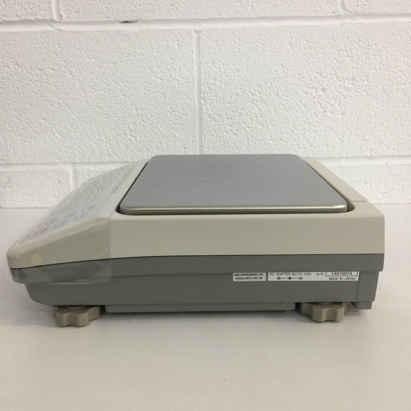 A&D GX-32K Digital Scale