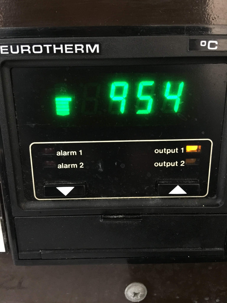 Digital Screen, Furnace has reached 954°C