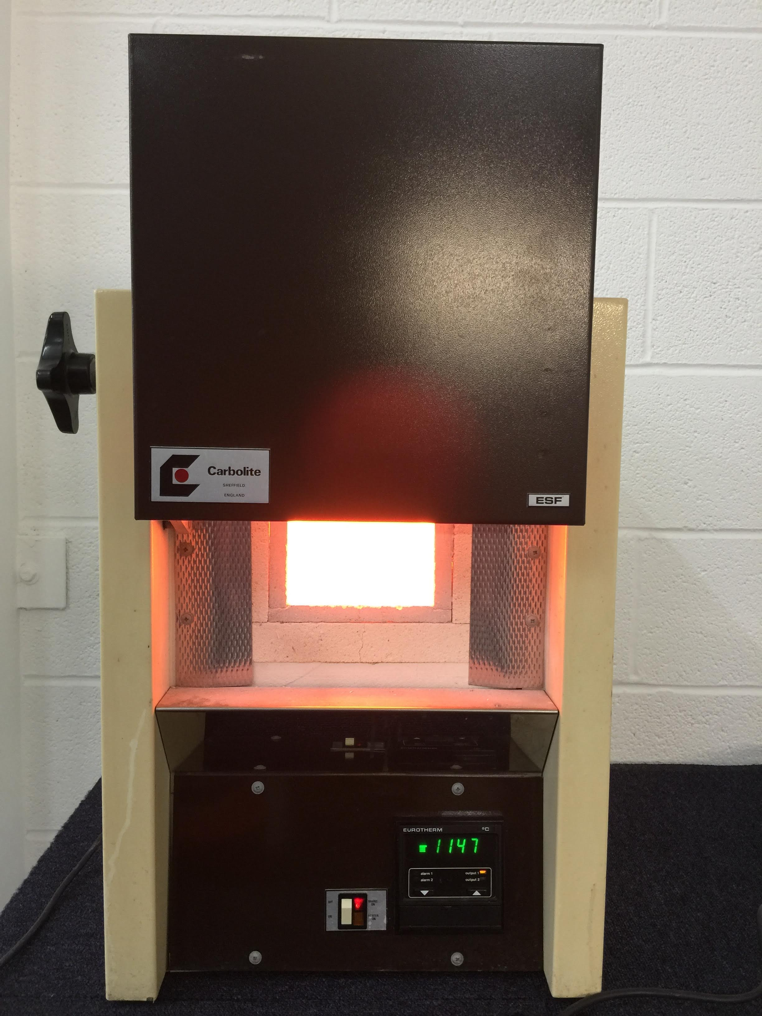 Carbolite ESF 12/2 Furnace Interior with Heating Component On