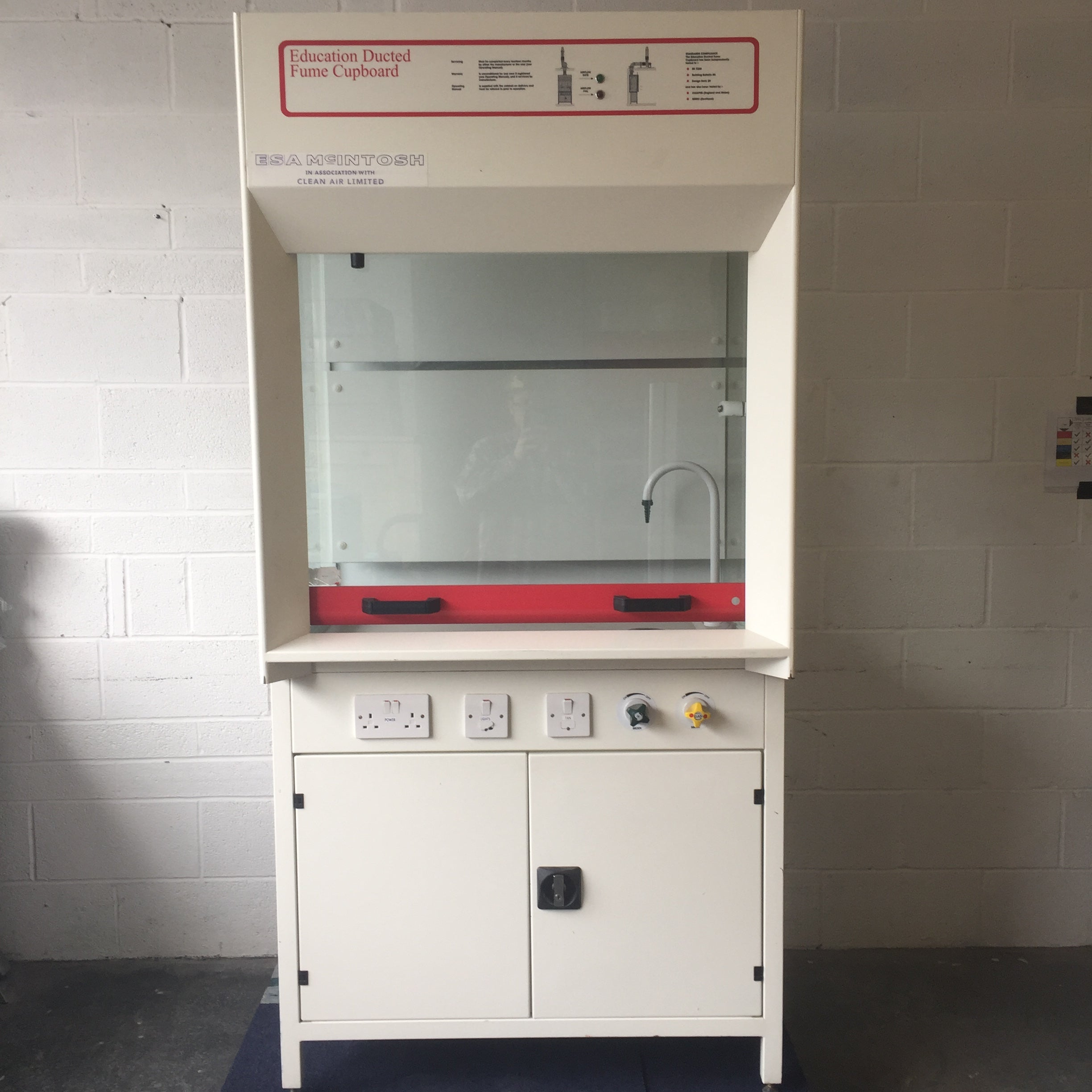 Clean Air Education Ducted Fume Cupboard