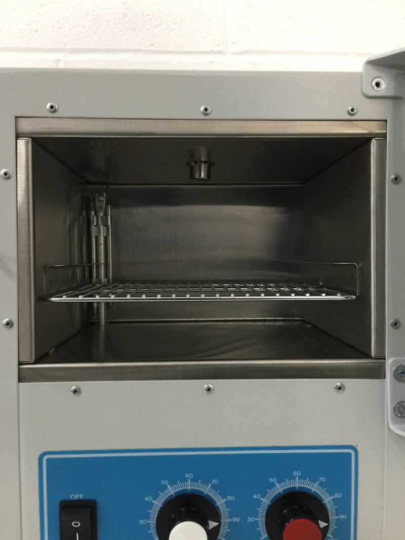 Genlab MINI/6/SS Incubator SN. Y8J170 - Richmond Scientific