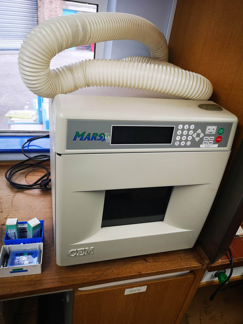 MARS CEM Microwave Digestion System - Richmond Scientific
