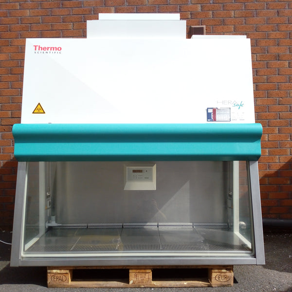 Thermo Heraeus HeraSafe Class II Microbiological Safety Cabinet