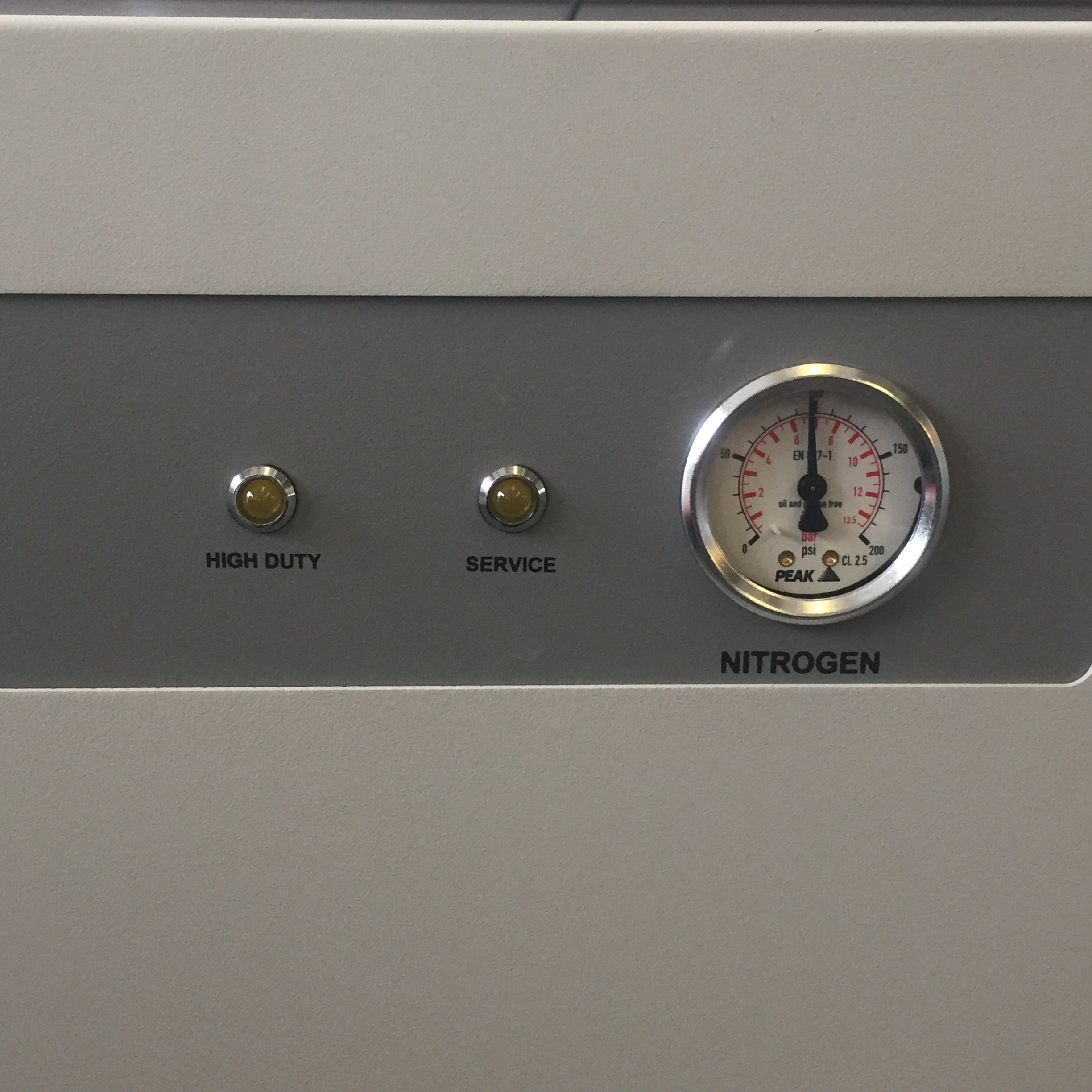 Peak Scientific Genius NM32LA Nitrogen Gas Generator