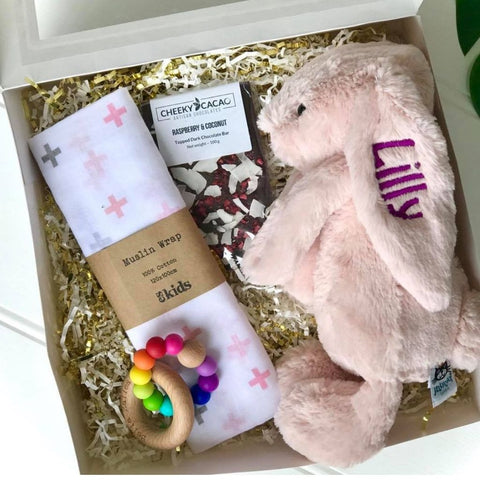 Personalised jellycat bunny gift box, blush pink. Gift hamper contains personalised bunny, cheeky cacao, ES Kids wrap and Bella Zailea teether