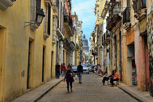 6 of the Foods and Drinks You Must Try in Cuba