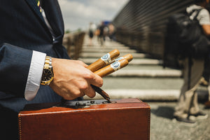 Travelling with Cigars: 5 Things You Should Consider