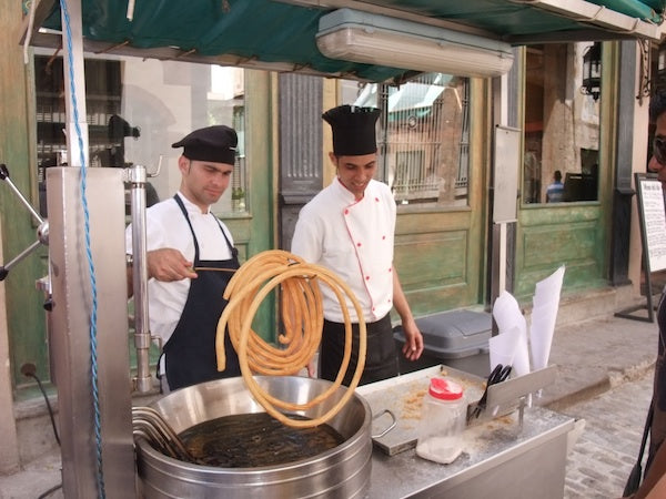 Churros being made in Cuba